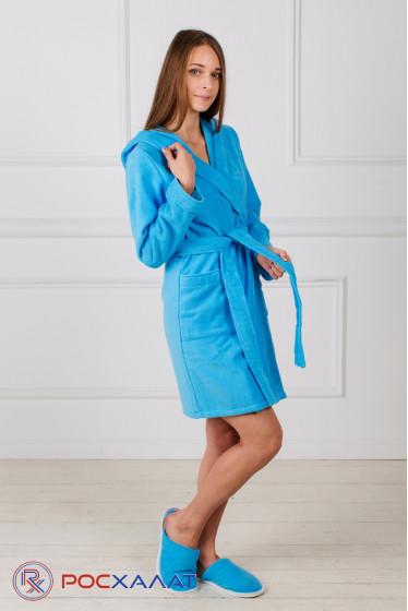 Махровый женский укороченный халат с капюшоном